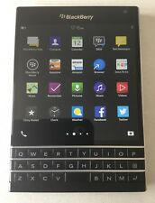 BlackBerry Passport QWERTY - 32GB - (Unlocked) Smartphone Phone