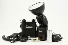 Bolt VB-22 Bare-Bulb Flash with Flashpoint Blast Power Pack BP-960