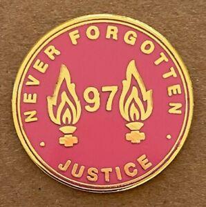 LIVERPOOL 97 NEVER FORGOTTEN MEMORIAL ENAMEL PIN BADGE - PINK / GOLD
