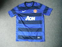Manchester United Extra Large Boys 158 -170 Cm 13/15 Yrs Football Shirt