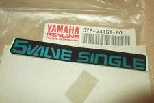 """Yamaha XTZ660 Tenere genuina"""" 5 Válvula single """"Rad"""" Scoop Calcomanía - # 3YF-24161-80"""