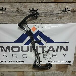 Bowtech Solution SD 70lbs Black RH Compound Bow