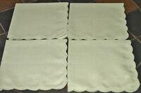 "Lot of 4 - Green Cloth Napkins - Scalloped Edge - 16 1/2"" x 16 3/4"""