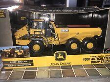 Britain's ERTL 1:50 scale John Deere 400D articulated dump truck (15701)