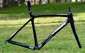 Very Good Condition Carbon Road Bike Trek Madon 6.9SSL Frame Set Size 54