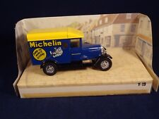 Voiture miniature camionnette Michelin 1987 Matchbox Models Yesteryear boîte