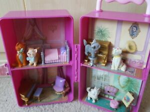Disney Aristocats Play Set - Rare and Collectable with kittens and accessories