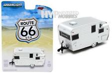 GREENLIGHT 1:64 ROUTE 66 SHASTA AIRFLYTE TRAILER EXCLUSIVE 50850