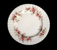 Beautiful Royal Albert Lavender Rose Lunch Plate