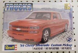 Revell 1/25 '99 Chevy Silverado Custom Pickup Truck Model Kit 85-7200 SEALED NEW