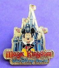 Disney Pin Walt Disney World Gold Magic Kingdom Cinderella Castle PinPics #105