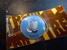 TRIUMPH HERALD Original 1960's Quality Gear Knob Lever Badge Key Fob Enamel NOS