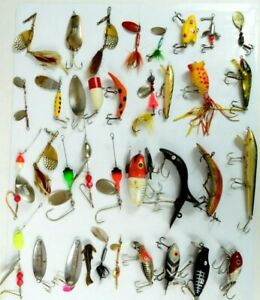 Vintage Fishing Lures Lot.   Mixed Types and Sizes 36pc Lot