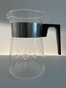 Vintage Pyrex Water Jug Pitcher Carafe 6 Cup Coffee Pot Clear USA Retro w Lid
