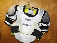 New Graf Era 7 senior hockey shoulder pads