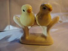 VINTAGE TWO BIRDS ON A PERCH SALT AND PAPPER SHAKERS