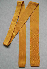 NEW YELLOW GOLD GOLDEN SKINNY SLIM KNITTED CROCHET FLAT END TIE 60S RETRO STYLE