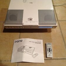 iHome iH36 iPod/iPhone FM radio system White Under Cabinet Kitchen System