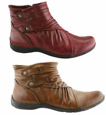 Zip Flat (0 to 1/2 in.) Leather Casual Boots for Women