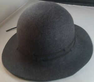 "Women's Grey 100% Wool Bucket Hat ribbon trim 21.5"" circumference brim size S/M"
