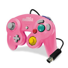 Old Skool Dual Analog Controller for Nintendo Game Cube & Wii - Mascot Pink