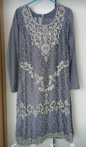 Ladies Asian 3 piece Suit wedding party Size small. Worn once