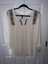 Falls Creek L/S Linen Tunic, White W/ White Crochet, Burgundy Embroidery Sz S