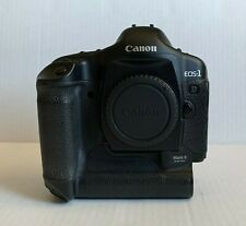 Canon EOS 1D Mark II 8.2MP Black Digital SLR Camera Body Only Battery & Charger