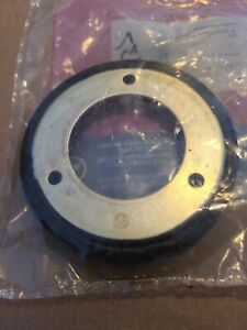 Genuine Briggs and Stratton 1501435MA Rubber Friction Disc, 4.3