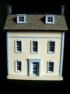 Exquisite 1/144th scale dolls' house for a 1/12th dolls' house by Celia Mayfield