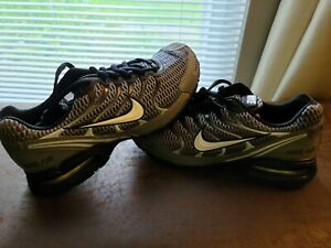 Nike Air Max Torch 4 IV Mens Shoes Running Sneakers Cross Training size 8 NEW
