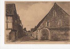 An Old Tithe Barn Lacock 1932 Postcard  176a