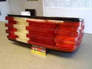 126  560SEC 500SEC 420SEL 380SEL 380SEC TAIL LIGHT RIGHT MINT