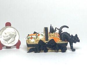 Vintage Artisan Halloween Cat Gift Basket Centerpiece 1:12 Dollhouse Miniature