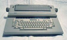 Macchina da scrivere elettronica Olivetti ET Compact 70