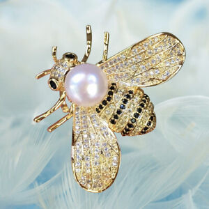 Lovely 7-8mm Freshwater Pearl Nature Gold Color Bee Brooch Pendant