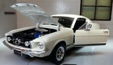 Ford Mustang 1967 GT Fastback 1:24 Scale Welly Diecast Detailed Model Car 22522