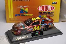 REVELL NASCAR 1998 CHEVROLET MONTE CARLO #24 DUPONT AUTOMOTIVE JEFF GORDON