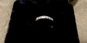 Blue Nile 8 Stone Diamond Platinum Band Size 4 approx
