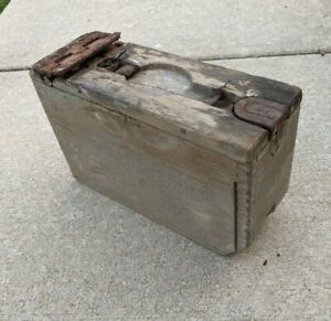 VINTAGE WW 1 BROWNING M1917 MACHINE GUN WOODEN AMMO BOX W/O STRAP