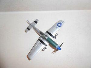 Flugzeuge  USA 1-72  P 51 MUSTANG  Fertigmodell Metall