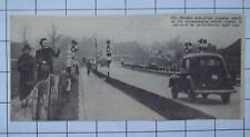 1937 A Morden Pedestrian Crossing Traffic Lights Vintage Clipping