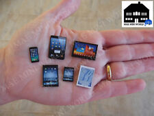 "Iphone & Tablets miniatura ""Samsung & Apple"". Escala 1:12. (6 pcs)"