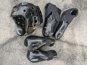 Macho XL Sparring Gear set / lot gloves boots helmet Black used - good condition