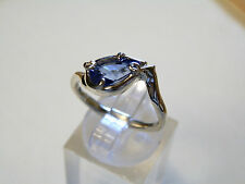 9 ct white gold handmade ring with natural tanzanite gemstone  1.5 carats