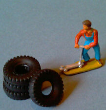 DINKY TOYS : Set of 4 Tires 20/8 notched for bus Berliet Ref : 889