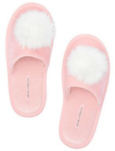 Victoria's Secert Women's Medium (7-8) Pink Pom Pom Slippers NWT
