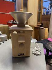 Getreidemühle Clou Schnitzer 250 W