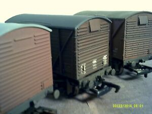 Set of 3 00 Ventilated Vans Bachmann/Dapol Metal Wheels Weathered Boxed Good
