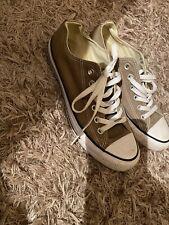 Khaki Converse Size 6